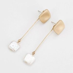 NWT square freshwater pearl gold drop earrings